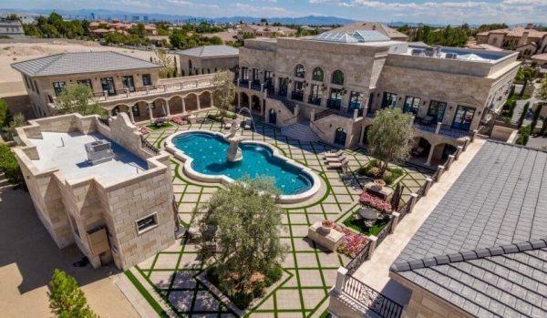 Best celebrity homes